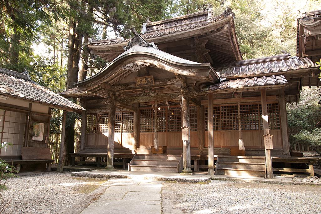 境内の神社について